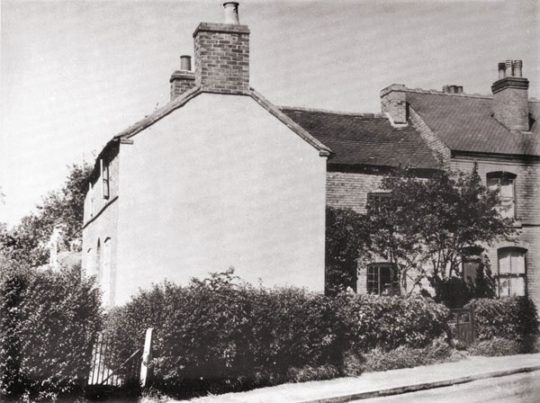 cottages along lutterworth road in burbage