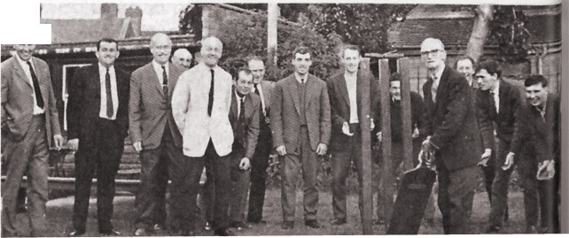 The Big Bat and Wicket are returned to the Cross Keys Inn in 1969. Harold Waring holding the bat.