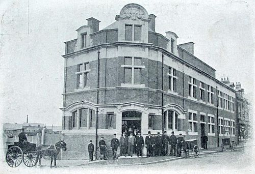 Post office, probably on its day of opening in 1901
