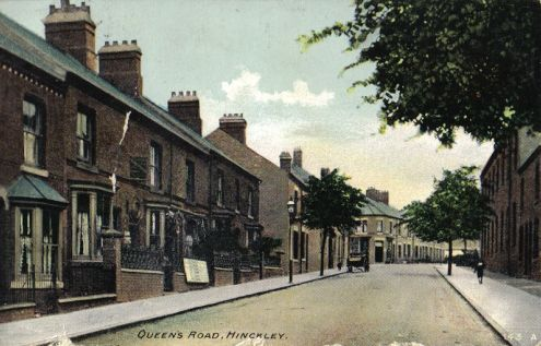 Queens Road, looking towards The Lawns, about 1905